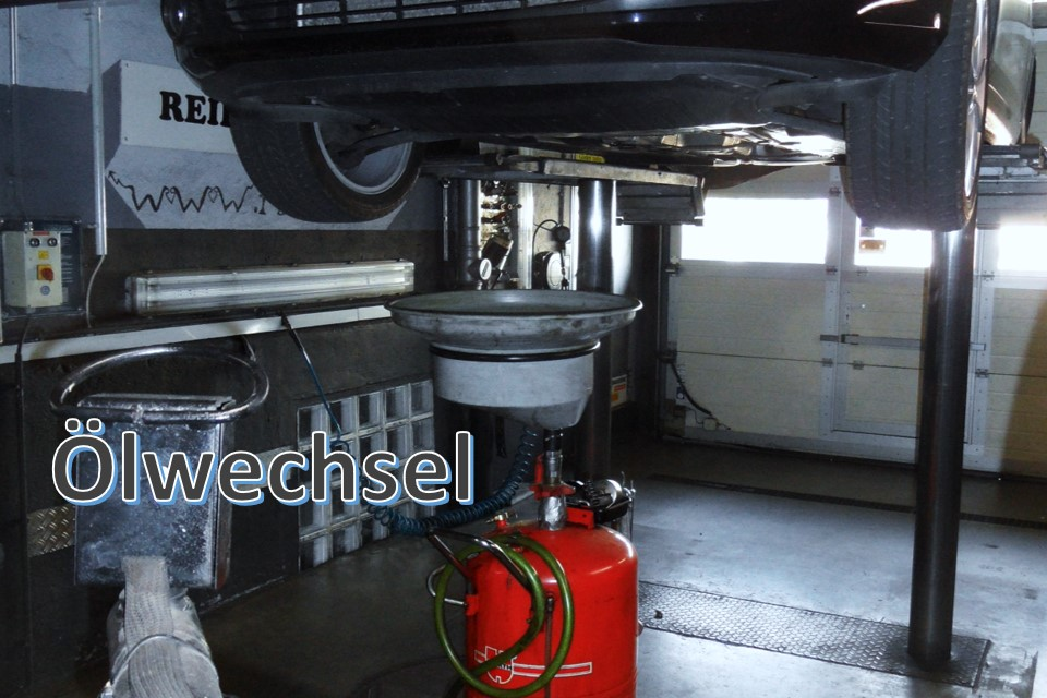 Ölwechsel bei Reifen Schmid RS-Team ist ihr Spezialist in Reutlingen Mittelstadt